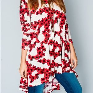 Show me your muni poppy print tunic sz Medium EUC
